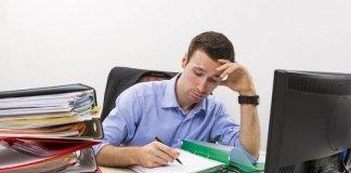 Mos u fiksoni pas punës, dëmtoni karrierën tuaj